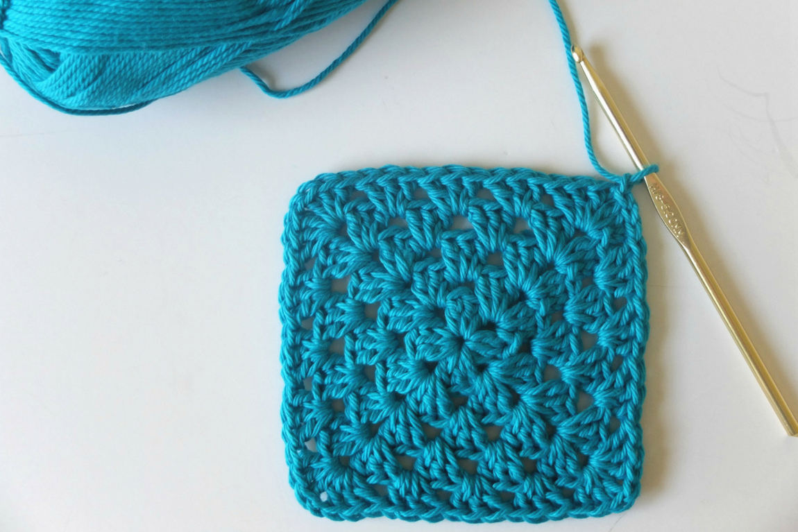 traditional granny square crochet tutorial