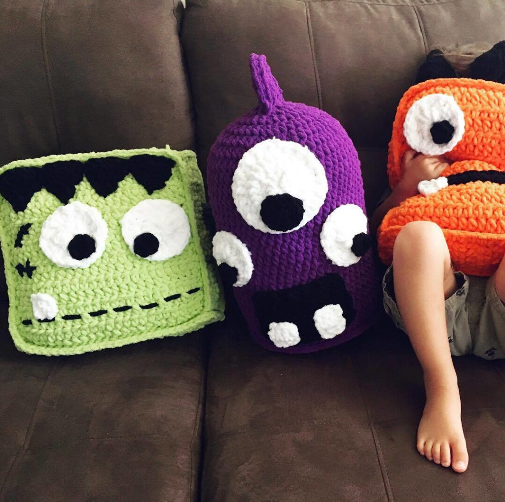 Marty the Crochet Monster Pillow - Sigoni Macaroni