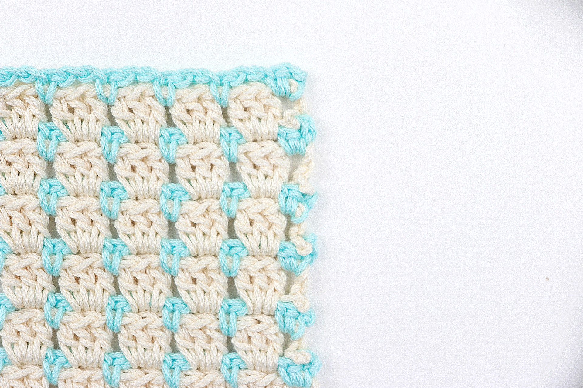 How To Crochet The Block Stitch | Cool Crochet Stitches (Picture & Video Tutorial)