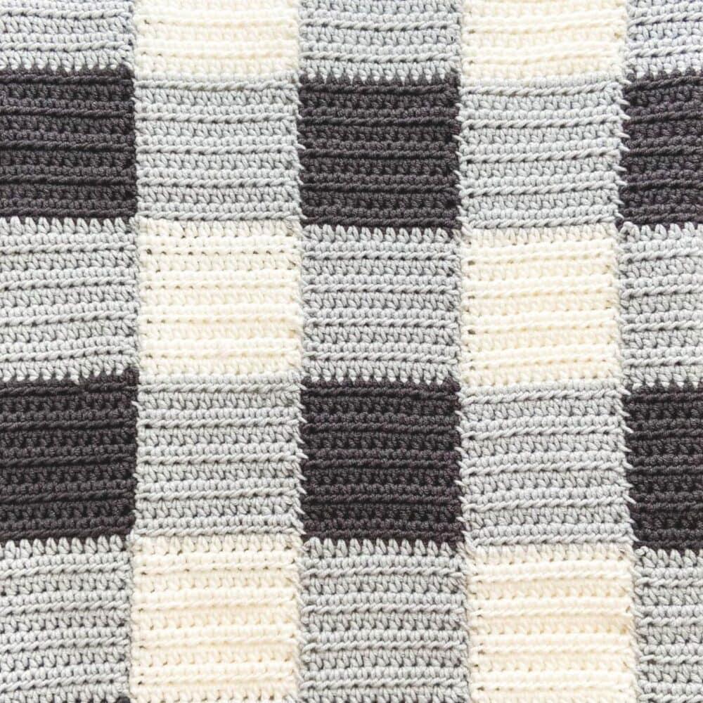 Cheaters Gingham Blanket Crochet Along | FREE PATTERN