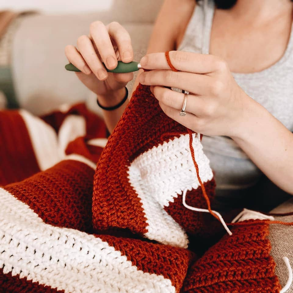LEARN TO CROCHET IN 7 DAYS!