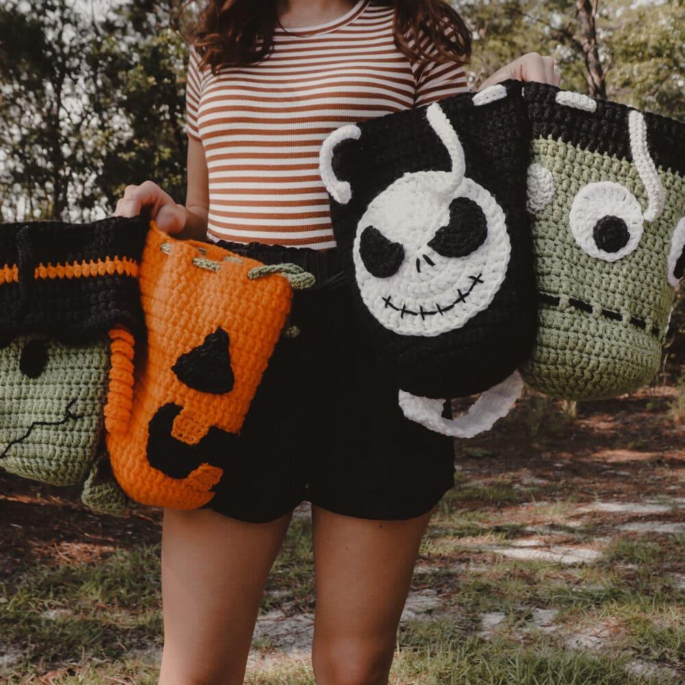 Crochet Halloween Candy Bags   FREE PATTERNS